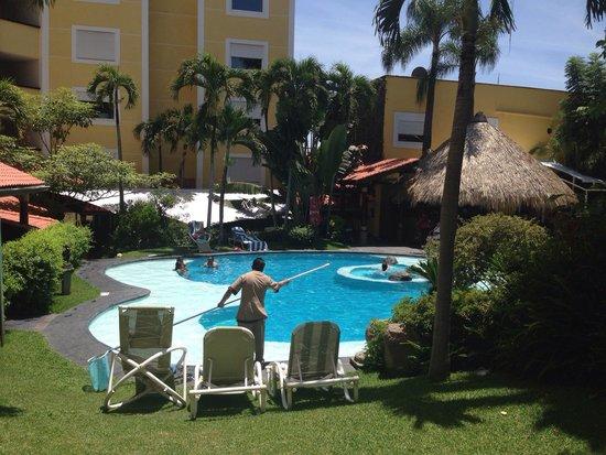 Holiday Inn Cuernavaca: Alberca