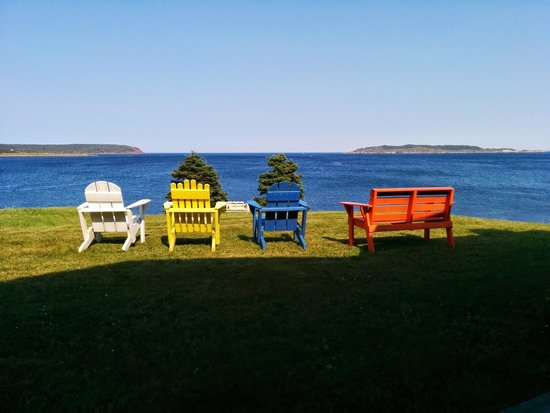 Elaine's Bed and Breakfast By The Sea: View from the deck.