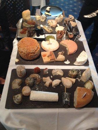 Restaurant au boeuf rouge : Le plateau de fromage !
