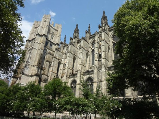 Cathedral Church of Saint John the Divine : Not even a third of the side view from the garden