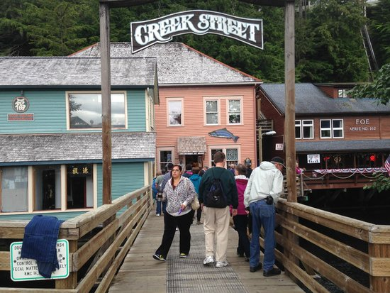 Entry way to Creek Street