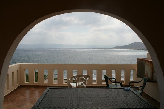Balos Beach : view from the room at the upper row