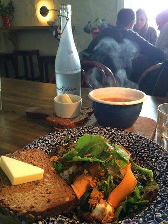 Ard Bia at Nimmo's: salad
