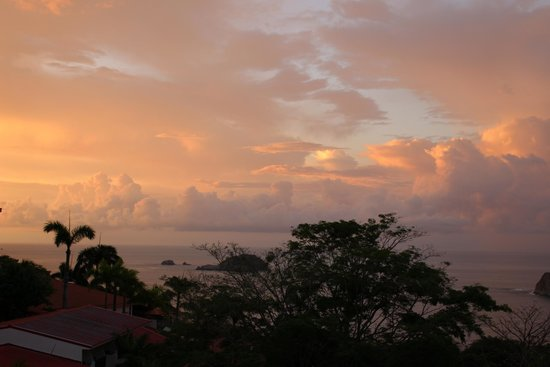 Parador Resort and Spa: sunset