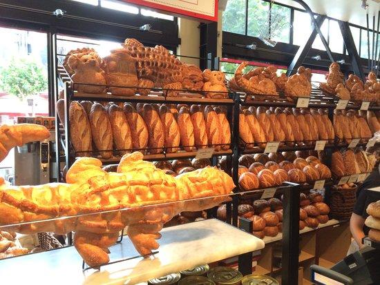 Boudin's Bakery & Cafe: Pães