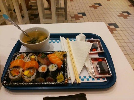 Mercado Bom Sucesso: sushi