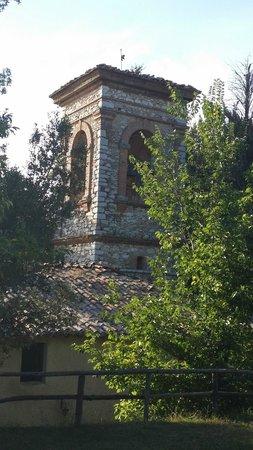 Agriturismo Borgo Spante: il campanile della cappellina