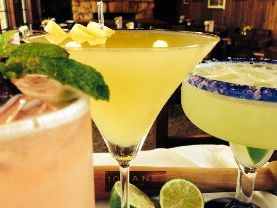 Chucherias Hondurenas: Happy Hour Available!