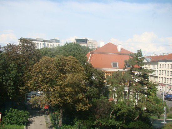 InterContinental Wien: Vista do quarto do hotel