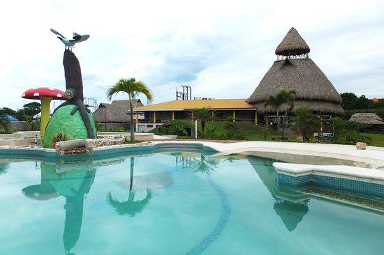 Hotel La Casa De Nery: swimming pool
