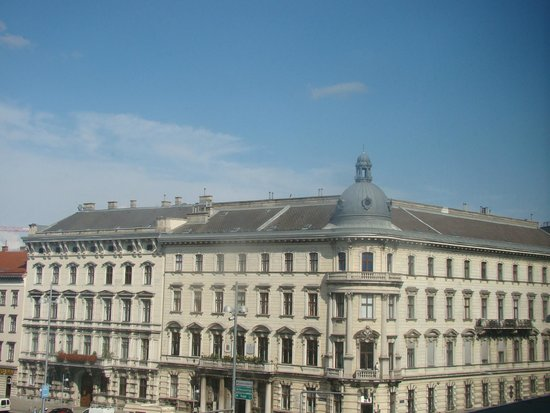 InterContinental Wien: Vista do quarto do hotel