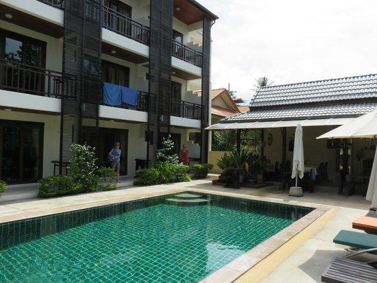 Ampha Place Hotel : L'hôtel