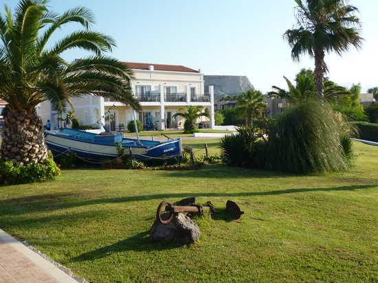 Atlantica Porto Bello Royal : lovely grounds