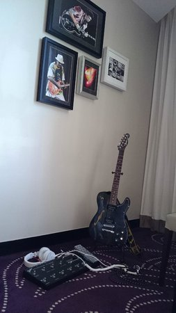Hard Rock Hotel Pattaya: Get a Fender in your room