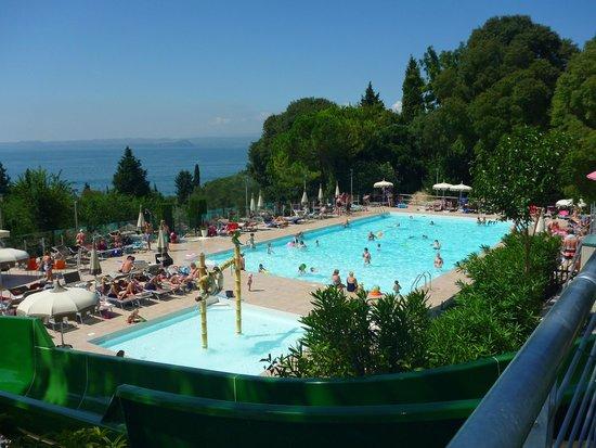 La Rocca Camping Village: Pool Area