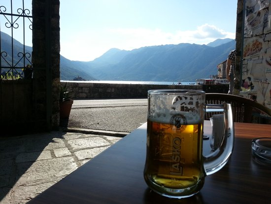 Cafe Armonia : Beer with a view
