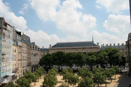 Hotel Henri IV: Place Dauphine