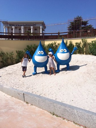 Caneva - The Aquapark : My kids loved it august 2014