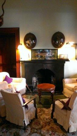 Currarevagh House : sitting room