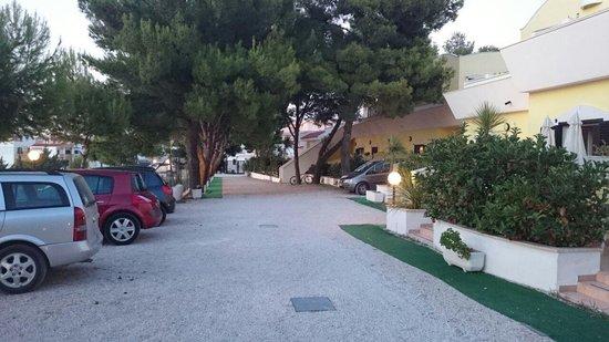 Argeste Club Vacanze : argeste  - vialetto