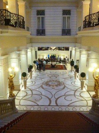 Corinthia Hotel Budapest: le hall de l hotel