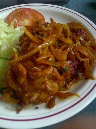 The Bombay Brasserie : Tikka (and nice onion)