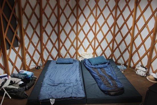 Flagstaff Nordic Center: Inside the yurt