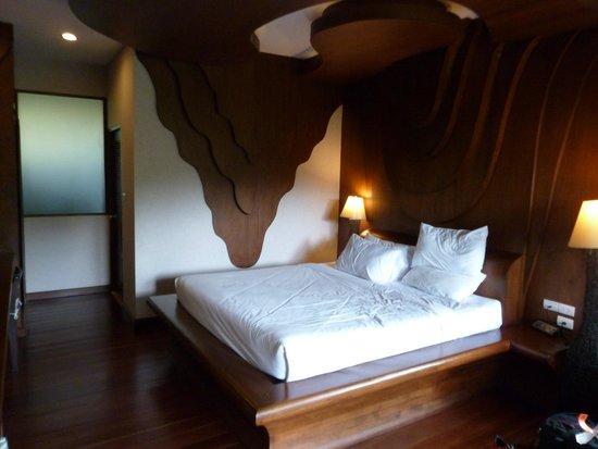 Bura Resort: Nice spacious room