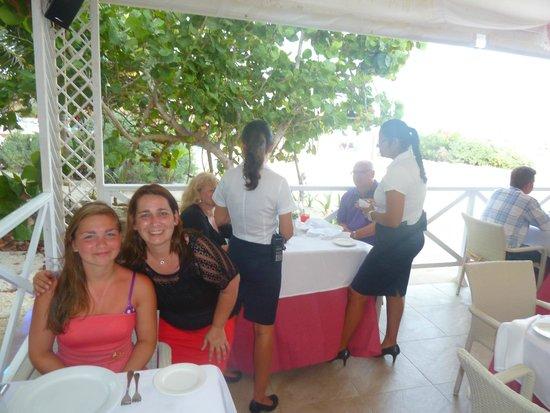 Grand Bahia Principe Coba: diner at tequila