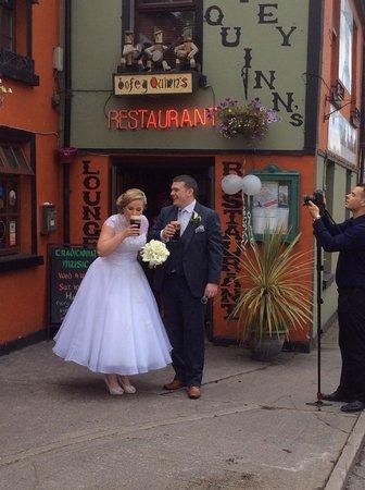 Bofey Quinns Bar & Restaraunt: The newlyweds