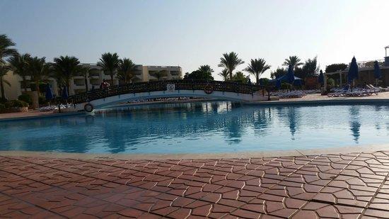 Aurora Oriental Resort Sharm El Sheikh: Pools
