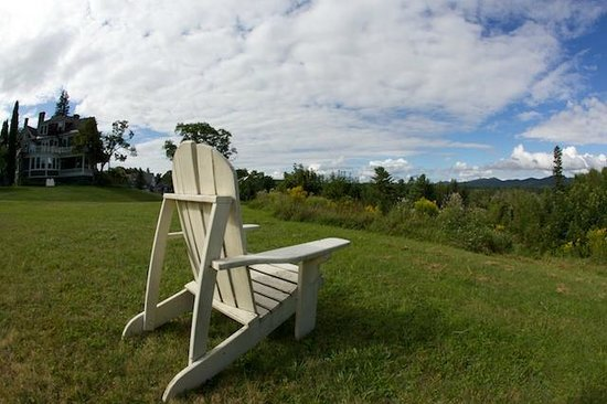 Greenville Inn at Moosehead Lake : Inn's grounds