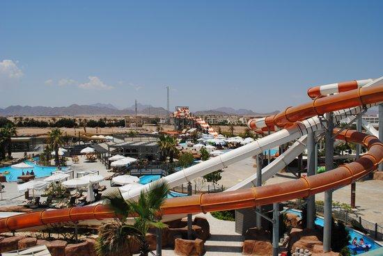 Coral Sea Waterworld Resort: Water park