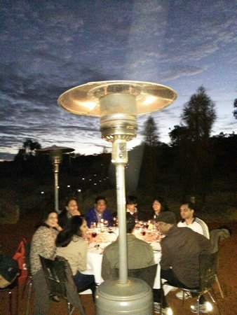 Voyages Ayers Rock Resort : Our table