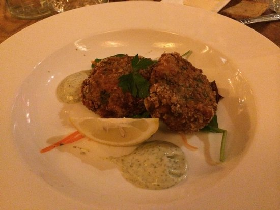Oscar's Seafood Bistro: fish cakes