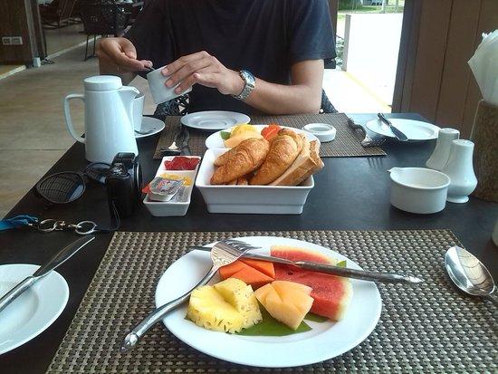 Twin Lotus Resort & Spa: más desayuno