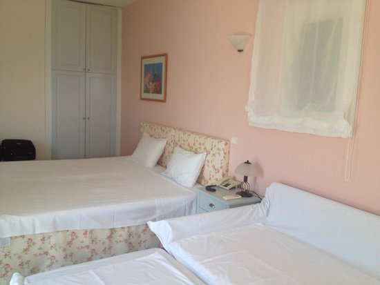 Poseidon of Paros : superior room