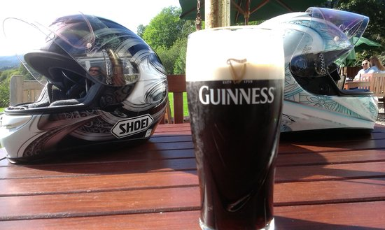 The Lake of Menteith Hotel : cheers
