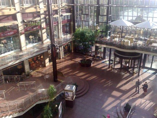 Maritim Hotel Köln: Vista dell'ingresso