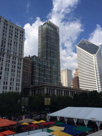 The Magnificent Mile : Aug 2014