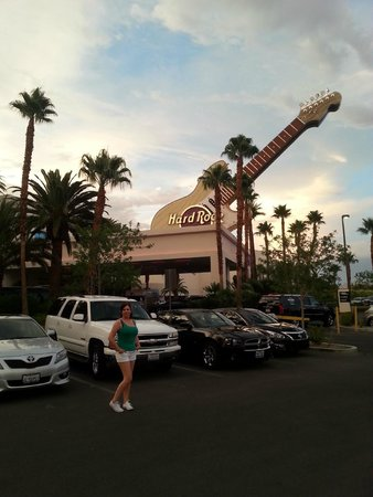 Hard Rock Hotel and Casino: The front door