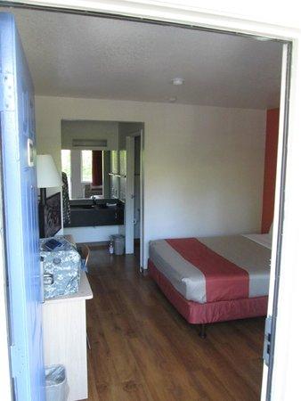 Motel 6 Rohnert Park: Small Room