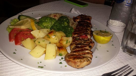 Yianni Restaurant: Spiedino di maiale