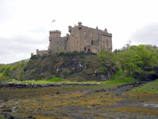 Dunvegan Castle & Gardens: Dunvegan Castle