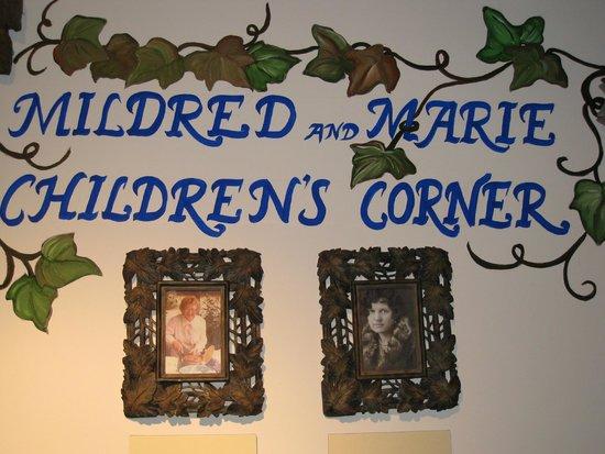 Lincoln City, Oregón: Children's room, North Lincoln Museum