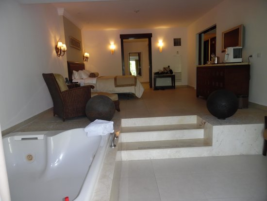Moon Palace Cancun: Moon Grande Presidential Suite in bedroom