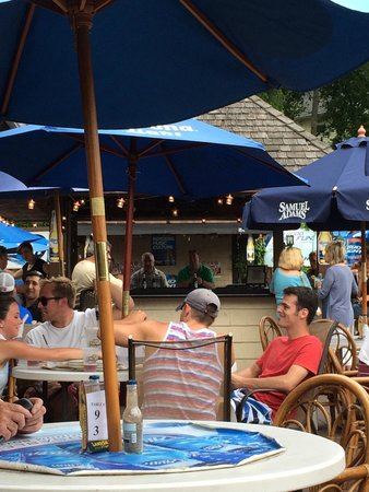Louie B's Restaurant : Deck bar - looks like they've done some work to spruce the place up.