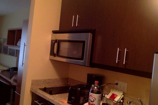 TownePlace Suites Erie : Laptop Camera Photo of Kitchen Area