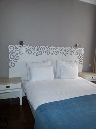 Miel Suites: one of the bedrooms