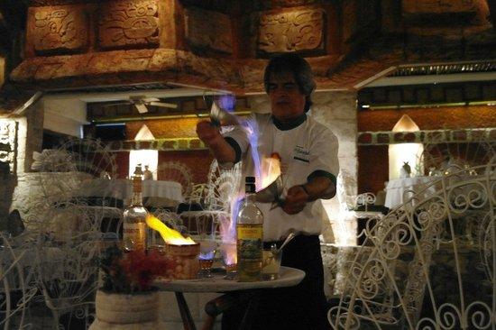 La Habichuela Centro: Caffè Maya: coreografico e disgustoso